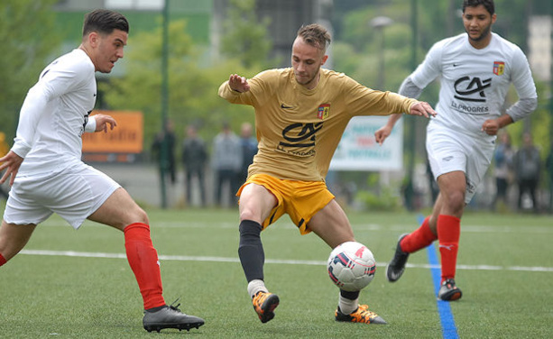 Deux buts et une qualification pour les demi-finales de la Coupe du Rhône pour Polisciano le jour de ses 25 ans