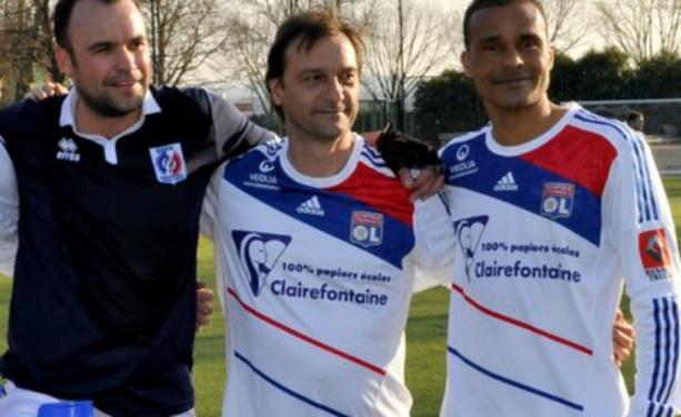 Laurent Delamontagne continue à jouer au ballon avec les anciens de l'OL (crédit : effa-foot.fr)