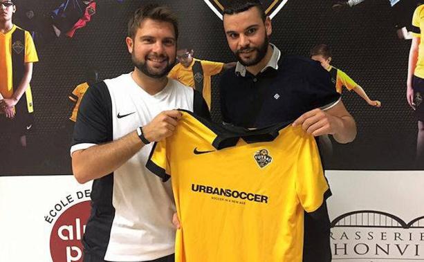 Y SAHBEDDINE (Marseille) signent à Foot Salle Civrieux d'Azergues