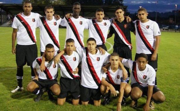 Avec le FC Vaulx (debout, 4ème en partant de la gauche)