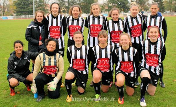 Les filles du Chassieu-Décines FC se régalent en D1... avant le premier choc le week-end prochain contre celle de l'AS Saint-Priest, qui en font de même !