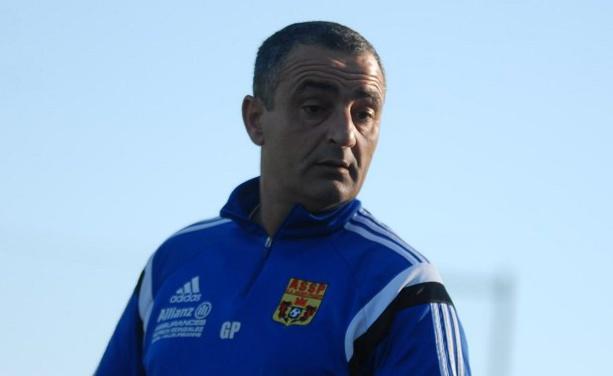 Gérald Pérez, coach de la troisième équipe de l'AS Saint-Priest en remplaçement de Mickale Napoletano, absent ce week-end.