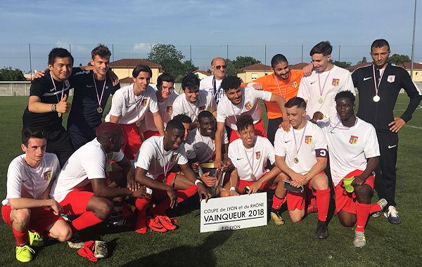 Les U19 ont ramené une troisième Coupe ce week-end au FC Lyon