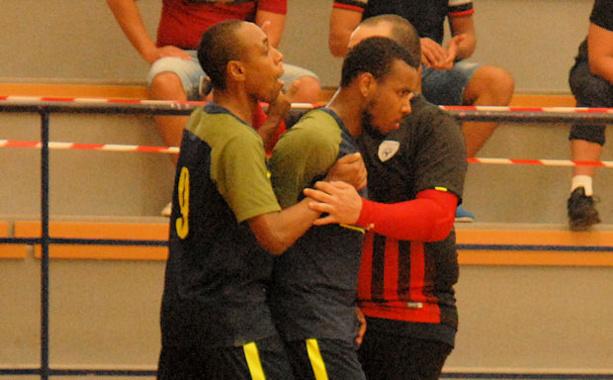 Après Rudson Mendes (à droite), c'est au tour de Rocha Santos de quitter l'AS Martel Caluire à un mois de l'ouverture du championnat de D2.