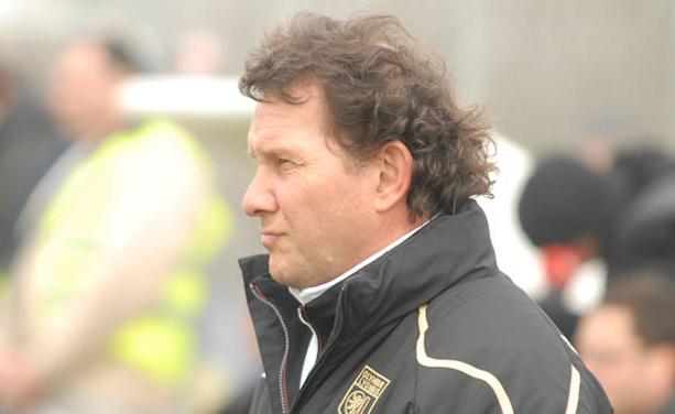 Patrick Paillot sera le premier entraîneur de l'histoire du Vénissieux FC