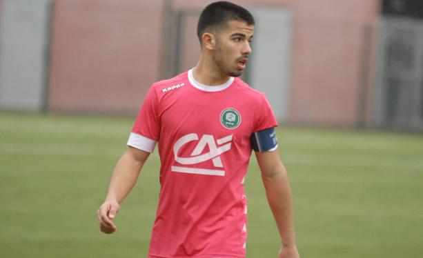 Oan Djorkaeff est actuellement à l'entraînement avec Lyon-Duchère AS