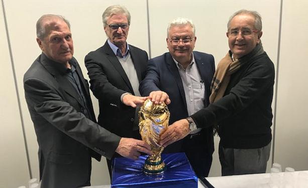 Charles Cherblanc (président d'honneur), Arsène Meyer (président délégué), Pascal Parent (président) et Pierre Longère (secrétaire général Ligue)