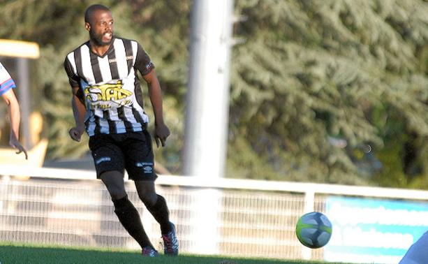 """Chassieu-Décines FC - Manou LIGNONGO : """"On joue au foot pour des moments comme ça..."""""""