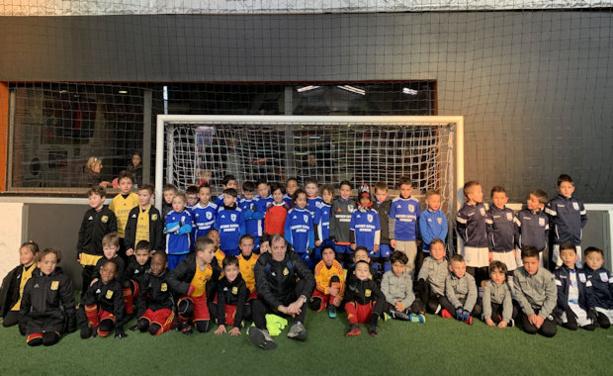 Les écoles de foot du secteur ont pris l'habitude de se retrouver les samedis matins au Sun Set Soccer de Mions