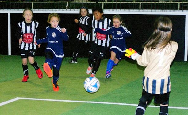 Le District de Lyon et du Rhône a organisé la challenge passion féminin au Sun Set Soccer de Mions la saison dernière