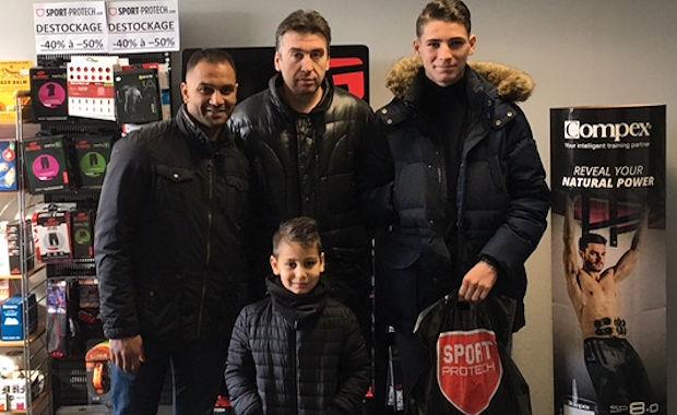 Le FC RIVE DROITE est passé à Sérezin du Rhône en famille cette semaine avec Bertrand et Jamal Alioui et leurs enfants...