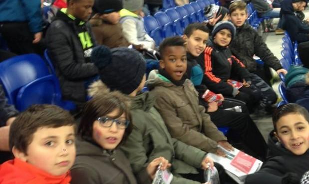 Les U10 du FC Vaulx ont assisté à la rencontre de l'Olympique Lyonnais face à Nancy