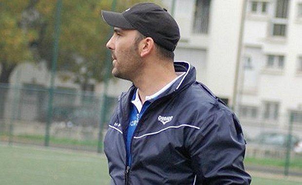 Laurent Lapietra, l'entraîneur de la réserve du FC Lyon