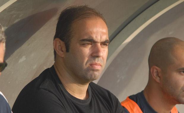 Majid Hassaïne, l'entraîneur du CS Neuville