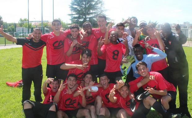 Les U17 du FC Vaulx atteignent l'Honneur !