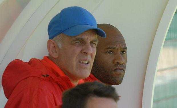 Eric Salignat et Landry Ndzana ont été associés une dernière fois sur le banc de la réserve du FC Villefranche