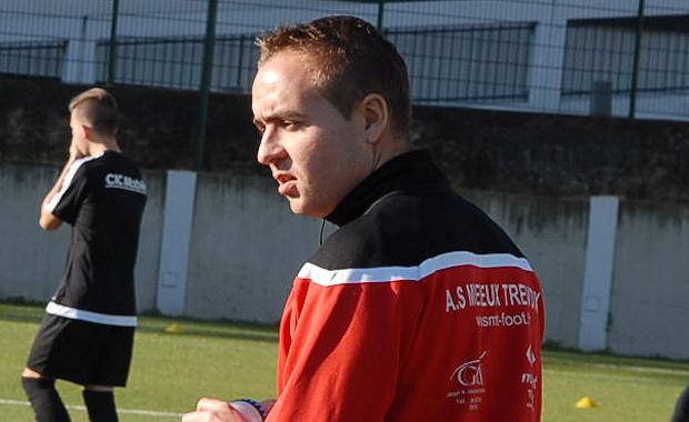 Kevin Garnier, l'entraîneur du U19 de l'AS Misérieux-Trévoux