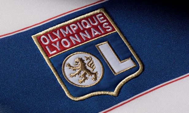 Europa League - Les COMPOS probables, CORNET plutôt qu'AOUAR