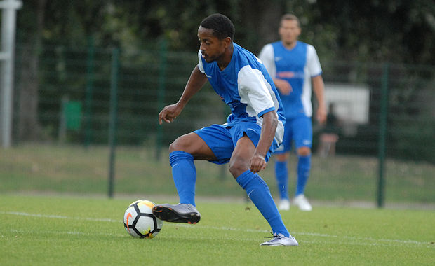 Auteur d'un doublé avec le FC Villefranche, Mmadi grimpe à la quatrième place du classement des buteurs nationaux