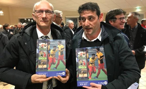 Cédric Lambert (à droite) a repris le flambeau du FC Rive Droite.