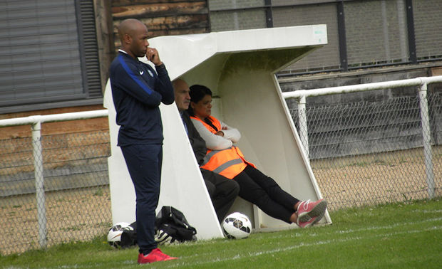 Landry Ndzana désormais sur le banc de l'UF Belleville Saint-Jean en R2.