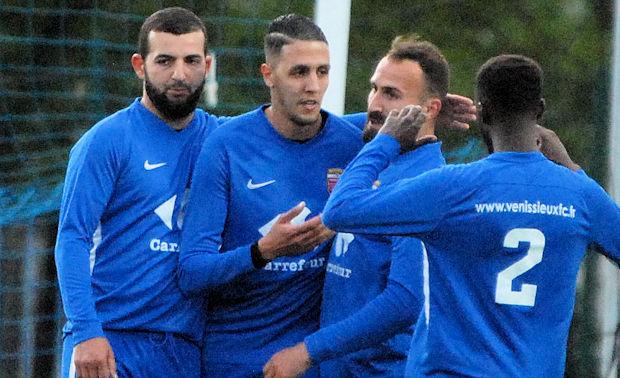 Quatre buts pour Karim Fettache