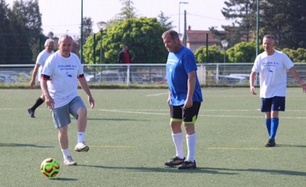 Insolite - Au CALUIRE SC, le foot c'est en marchant pour les GLORIEUX ANCIENS