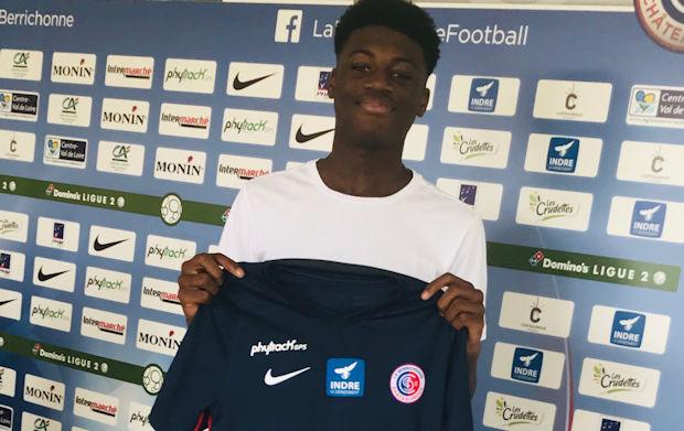 Mercato jeune - Un nouveau U17 du FC LYON rejoint un club pro