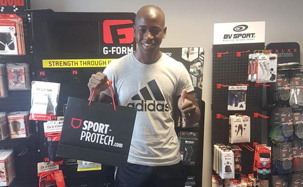 Jonathan Tka-Basi (Vénissieux FC)