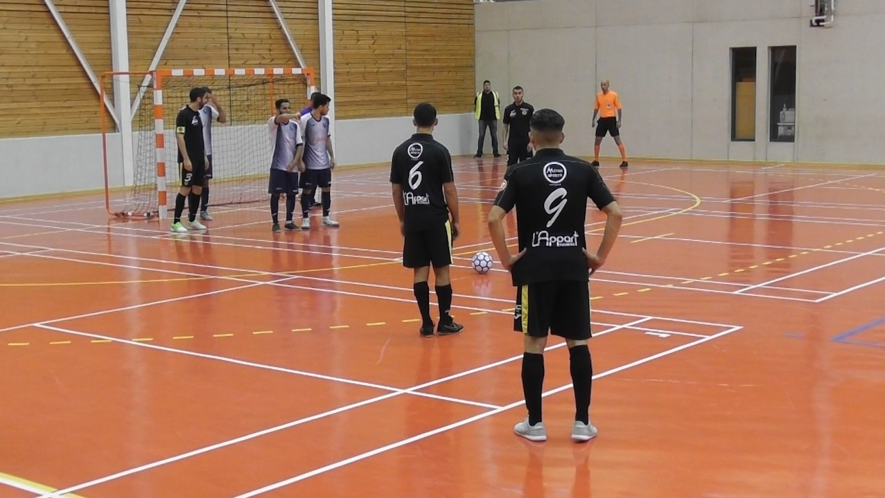 FC Chavanoz - Martel Caluire AS (5-3) : le résumé vidéo