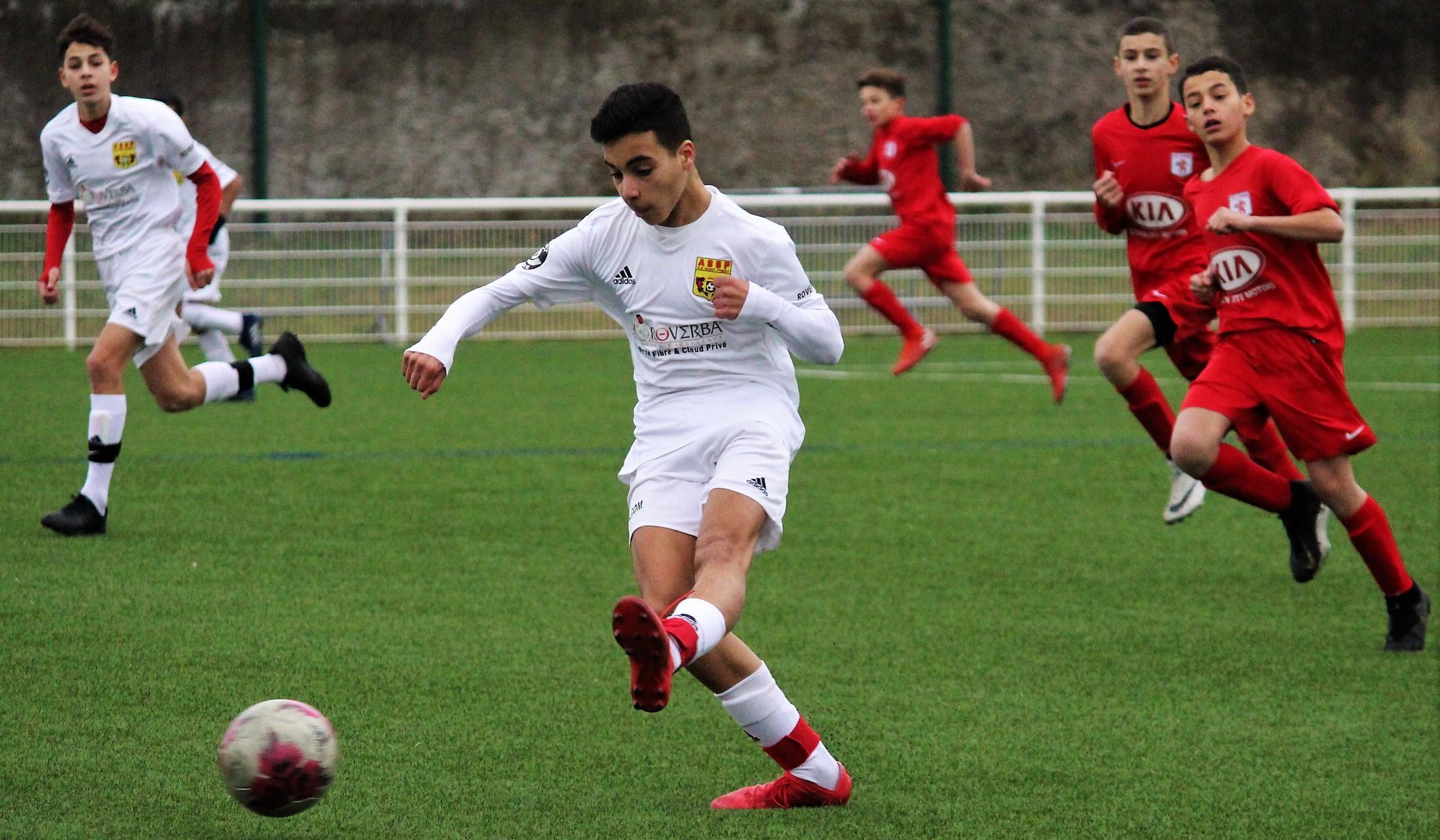Galerie photos AS Saint-Priest - FC Lyon (U13, amical) par Robert Ageron