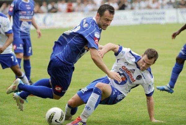 Seb Definod, toujours d'attaque au FC Bourg Péronnas à 34 ans (Crédit photo : www.leprogres.fr)