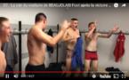 D2 - La joie du vestiaire de BEAUJOLAIS Foot après la victoire contre l'AS SAINT-MARTIN en HAUT